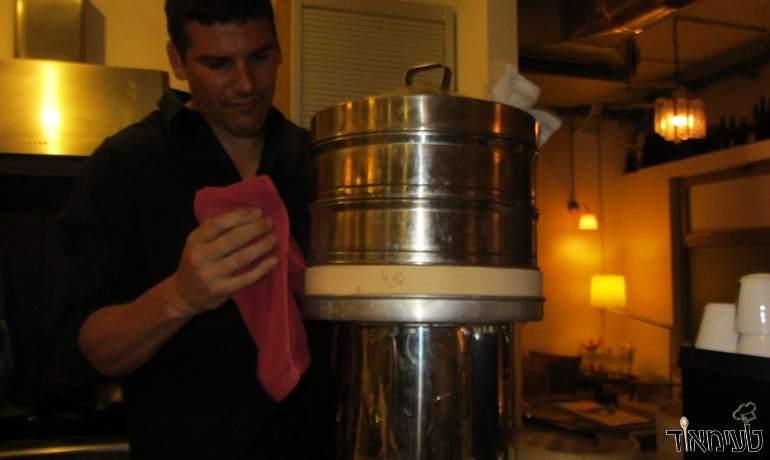 השף תמיר לרמן עם הסטימר