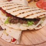 טורטיית בשר פטריות ופלפלים