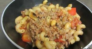 תבשיל בשר, עגבניות ופלפלים