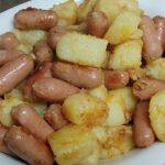 נקניקיות ותפוחי אדמה